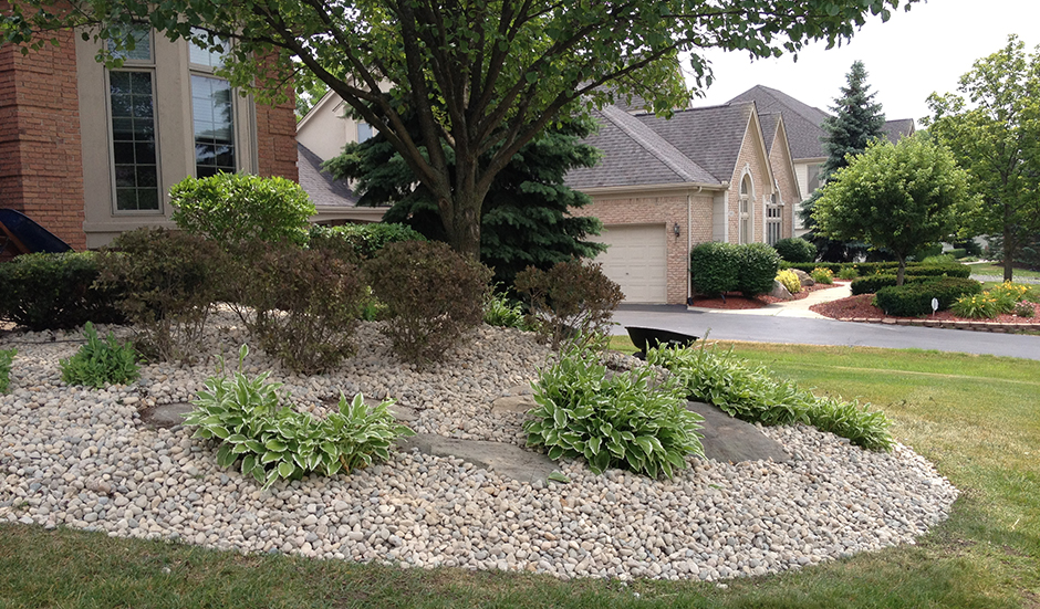 Landscaping With Stone Mulch Pictures : Lorenzo s ideas landscaping with river rocks